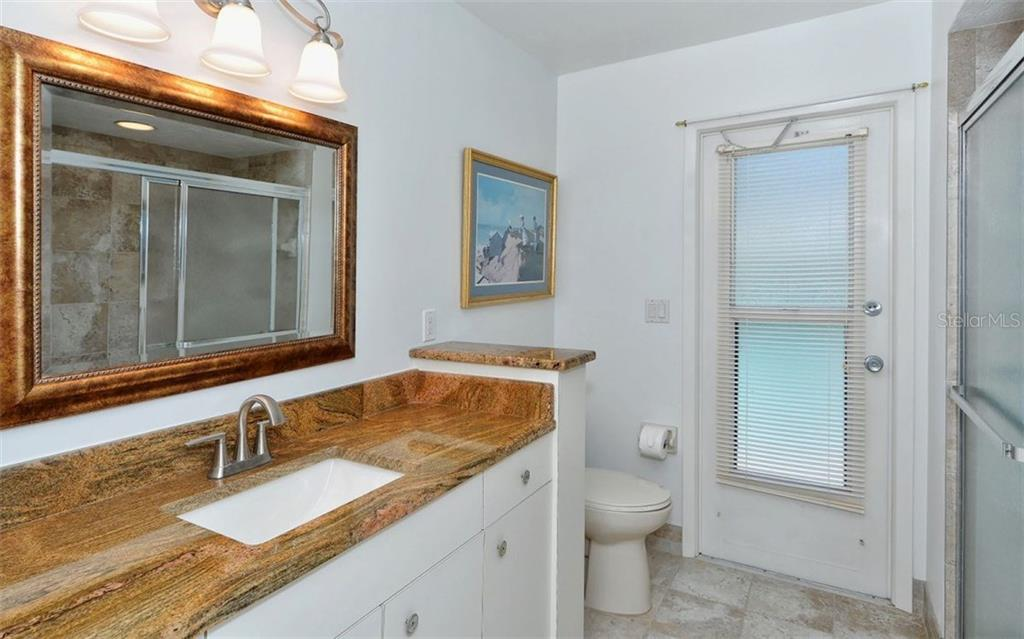 Guest Bath - Single Family Home for sale at 1930 Innisbrook Ct, Venice, FL 34293 - MLS Number is N5913572