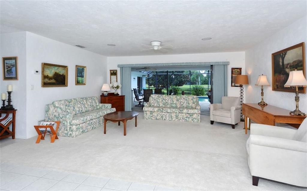 Living Room - Single Family Home for sale at 1930 Innisbrook Ct, Venice, FL 34293 - MLS Number is N5913572