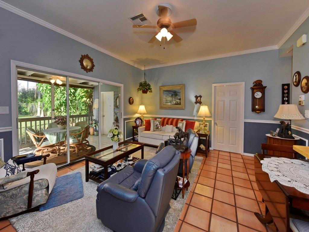 Guest House - Great Room with Open Floor Concept - Single Family Home for sale at 200 Sunrise Dr, Nokomis, FL 34275 - MLS Number is N5914820