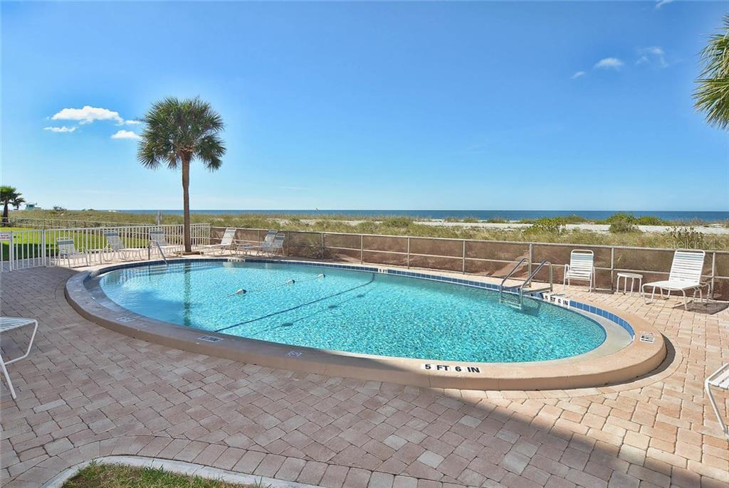 Community pool - Condo for sale at 333 The Esplanade N #402, Venice, FL 34285 - MLS Number is N5914981