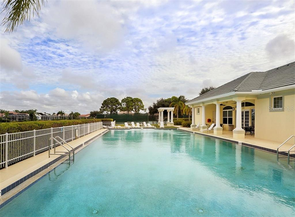 Community pool - Single Family Home for sale at 866 Wood Sorrel Ln, Venice, FL 34293 - MLS Number is N5915362