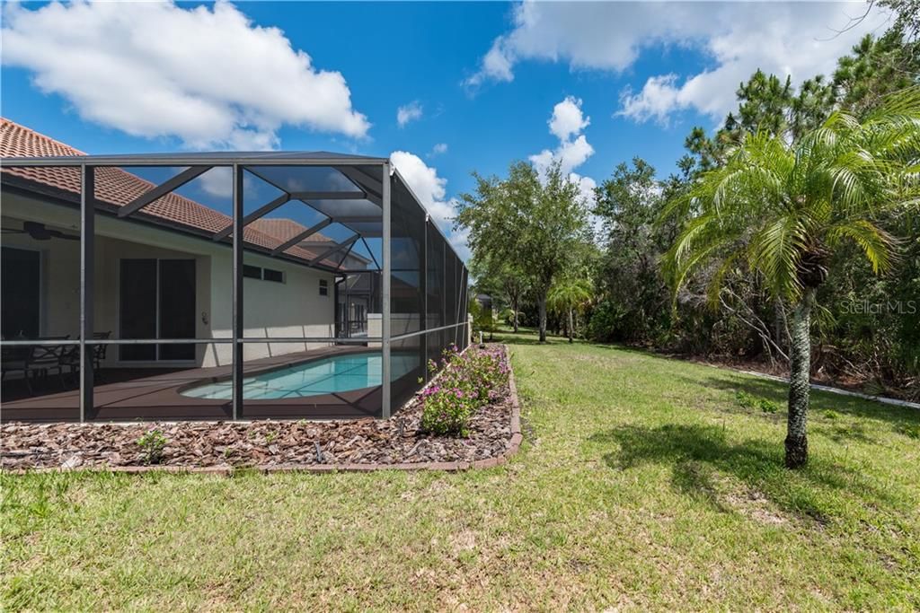 Single Family Home for sale at 11513 Dancing River Dr, Venice, FL 34292 - MLS Number is N6100495