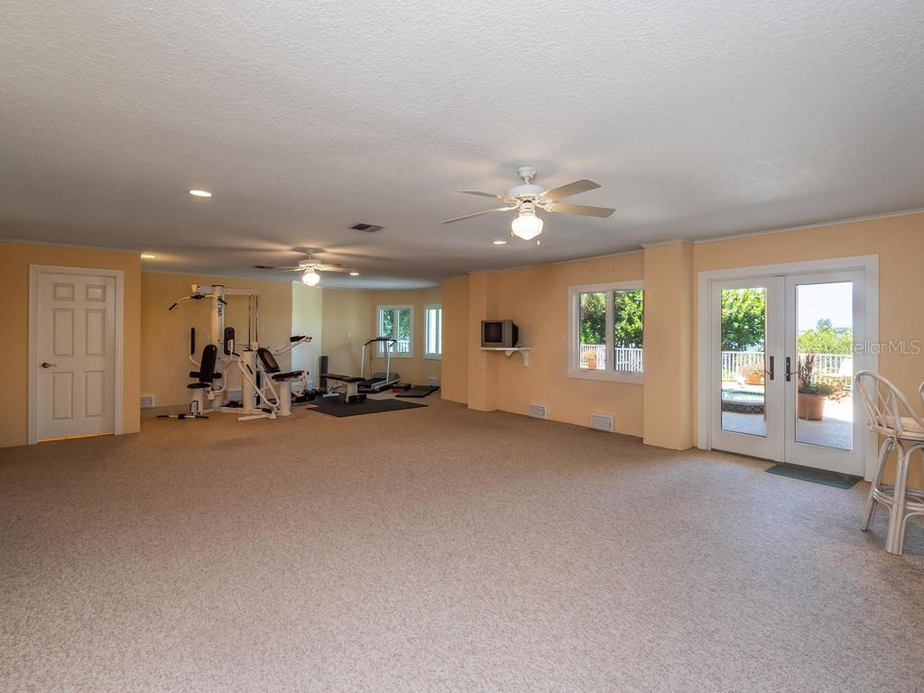 Bonus room - Single Family Home for sale at 743 Eagle Point Dr, Venice, FL 34285 - MLS Number is N6101092