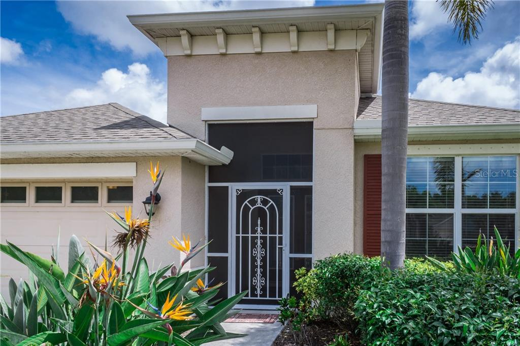 Screened Entry - Single Family Home for sale at 2290 Terracina Dr, Venice, FL 34292 - MLS Number is N6101301