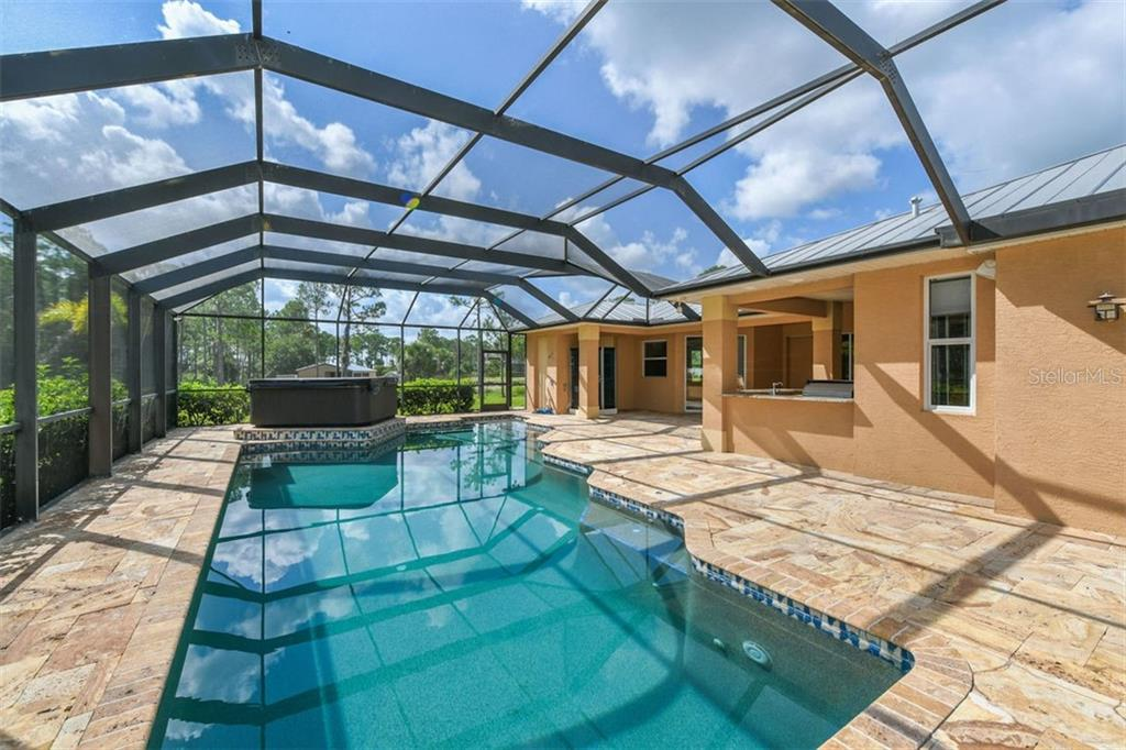 Pool - Single Family Home for sale at 9150 Deer Ct, Venice, FL 34293 - MLS Number is N6101408