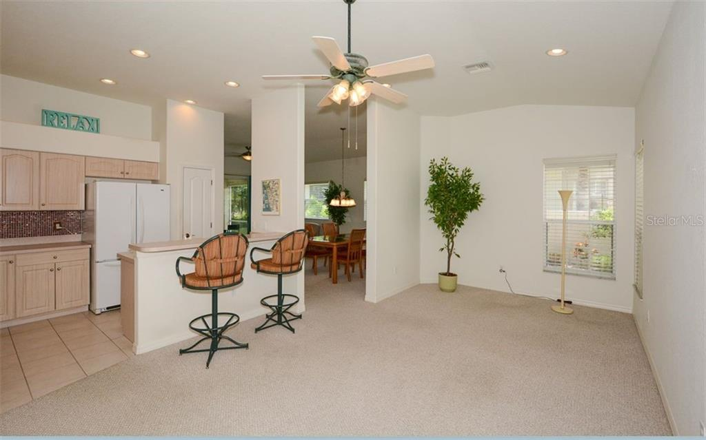 Kitchen/interior - Villa for sale at 313 Auburn Woods Cir, Venice, FL 34292 - MLS Number is N6101432