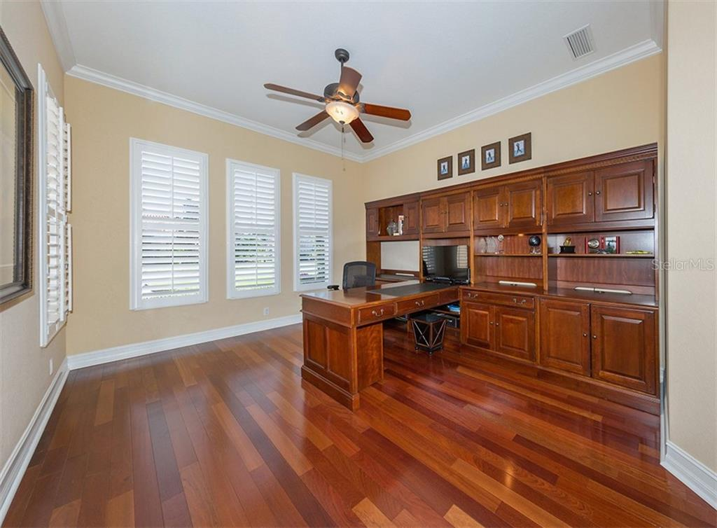 Office - Single Family Home for sale at 110 Martellago Dr, North Venice, FL 34275 - MLS Number is N6103159