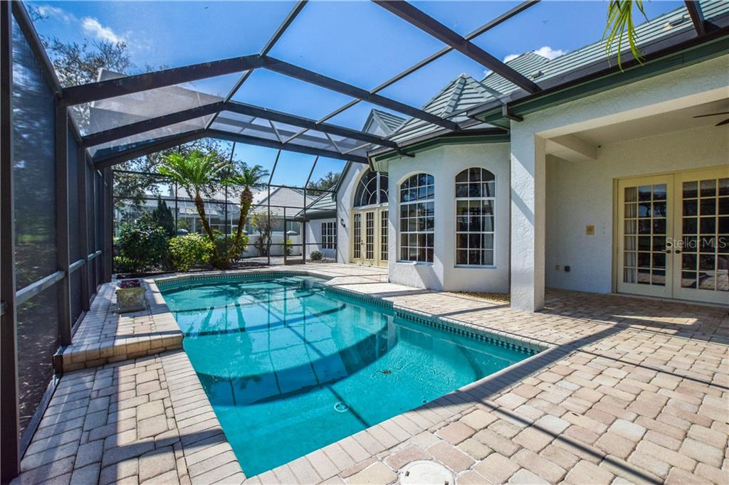 Single Family Home for sale at 460 Sherbrooke Ct, Venice, FL 34293 - MLS Number is N6104423