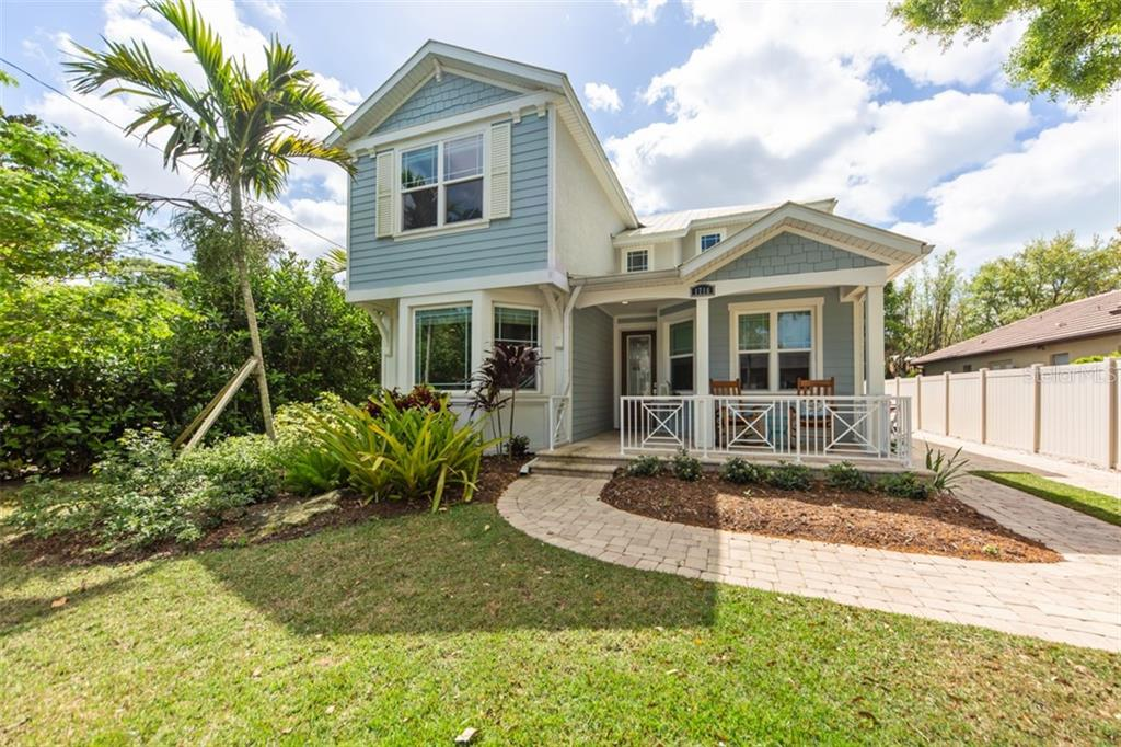 Front Exterior - Single Family Home for sale at 1716 Arlington St, Sarasota, FL 34239 - MLS Number is N6104891
