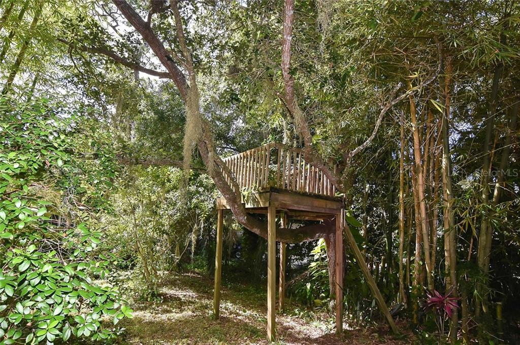 Tree House - Single Family Home for sale at 1709 Hudson St, Englewood, FL 34223 - MLS Number is N6106345