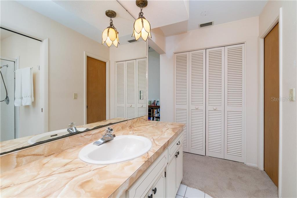 Large closet - master bath - Single Family Home for sale at 359 Renoir Dr, Osprey, FL 34229 - MLS Number is N6106429