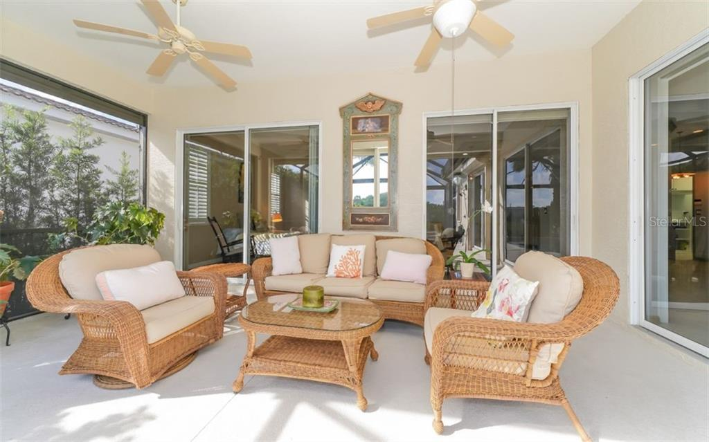 Lanai - Single Family Home for sale at 226 Rio Terra, Venice, FL 34285 - MLS Number is N6107320