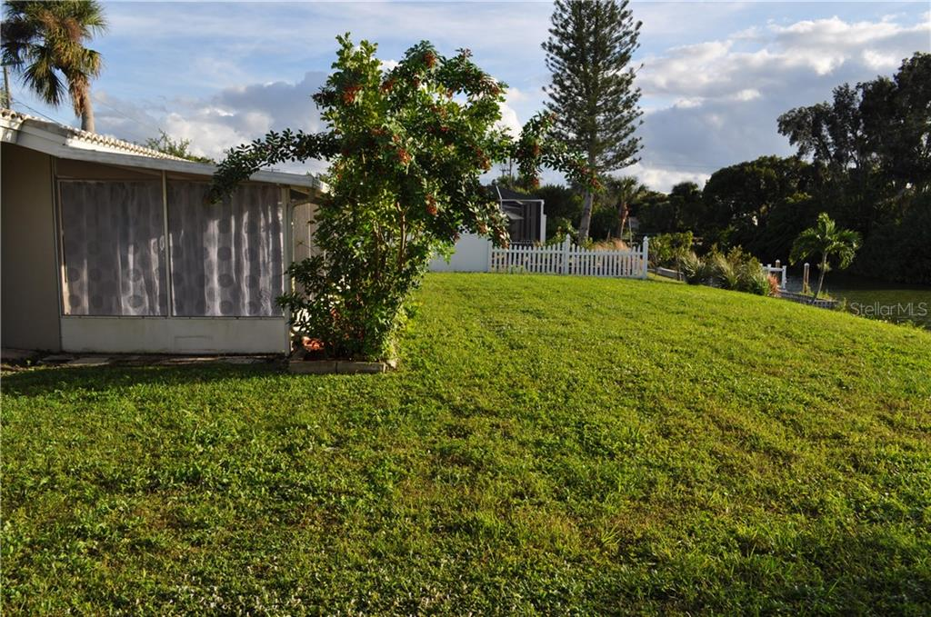 Backyard view - Single Family Home for sale at 1656 La Gorce Dr, Venice, FL 34293 - MLS Number is N6107911