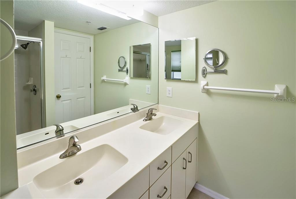 Master Bath with Double Sinks - Condo for sale at 815 Montrose Dr #101, Venice, FL 34293 - MLS Number is N6107969