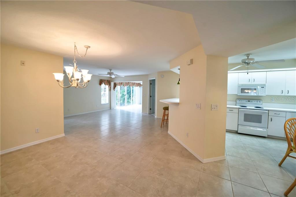 Question & Answer Sheet - Condo for sale at 815 Montrose Dr #101, Venice, FL 34293 - MLS Number is N6107969