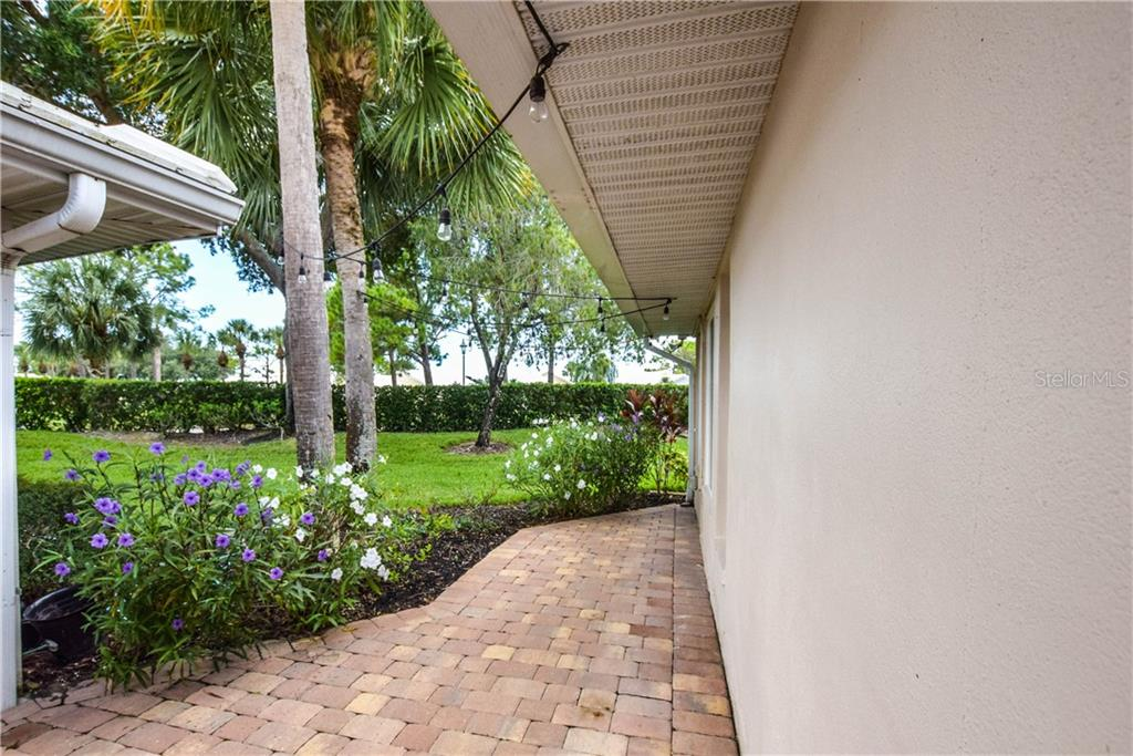 Villa for sale at 713 Brightside Crescent Dr #39, Venice, FL 34293 - MLS Number is N6109096