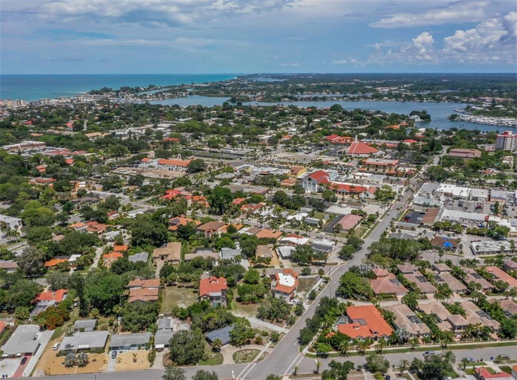 2 1/2 blocks south of Venice Ave - Vacant Land for sale at 230 Nassau St S, Venice, FL 34285 - MLS Number is N6111555