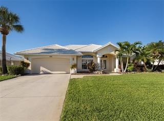 478 Lake Of The Woods Dr, Venice, FL 34293