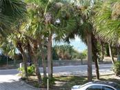 Single Family Home for sale at 1350 Casey Key Rd, Nokomis, FL 34275 - MLS Number is N5913345