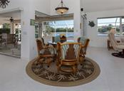 Breakfast nook - Single Family Home for sale at 866 Wood Sorrel Ln, Venice, FL 34293 - MLS Number is N5915362