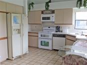 Kitchen - Villa for sale at 151 Inlets Blvd #151, Nokomis, FL 34275 - MLS Number is N6100469