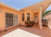 Patio - Villa for sale at 1244 Berkshire Cir, Venice, FL 34292 - MLS Number is N6110278