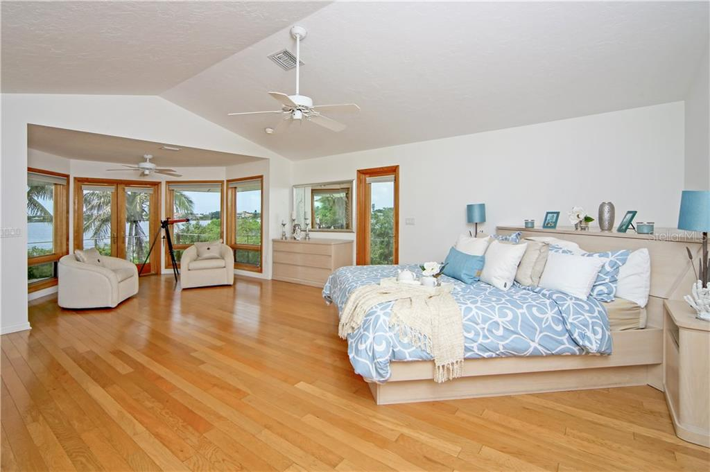 Additional photo for property listing at 1850 Bayshore Dr 1850 Bayshore Dr Englewood, 플로리다,34223 미국