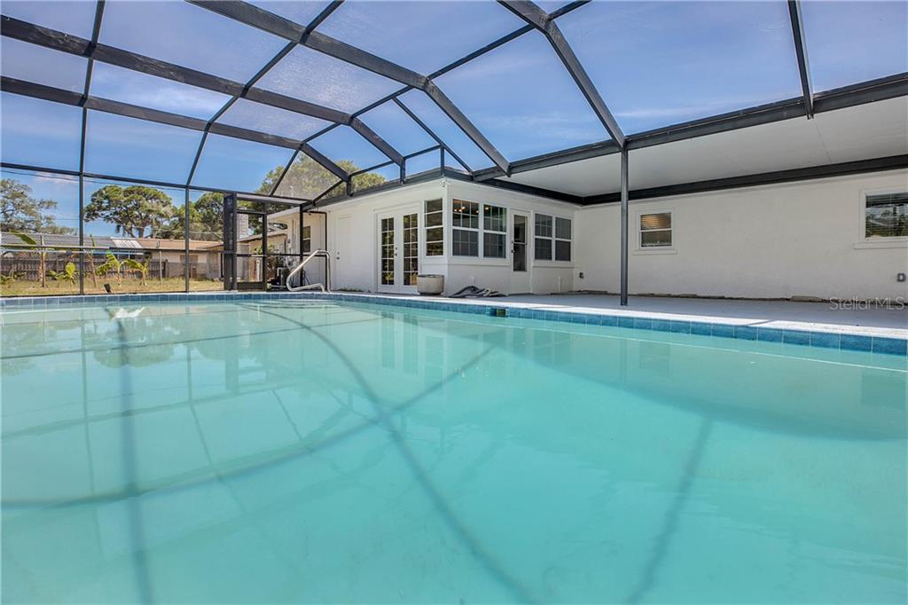 Single Family Home for sale at 1203 De Narvaez Ave, Bradenton, FL 34209 - MLS Number is U8048321
