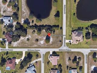 54 Clubhouse Ter, Rotonda West, FL 33947