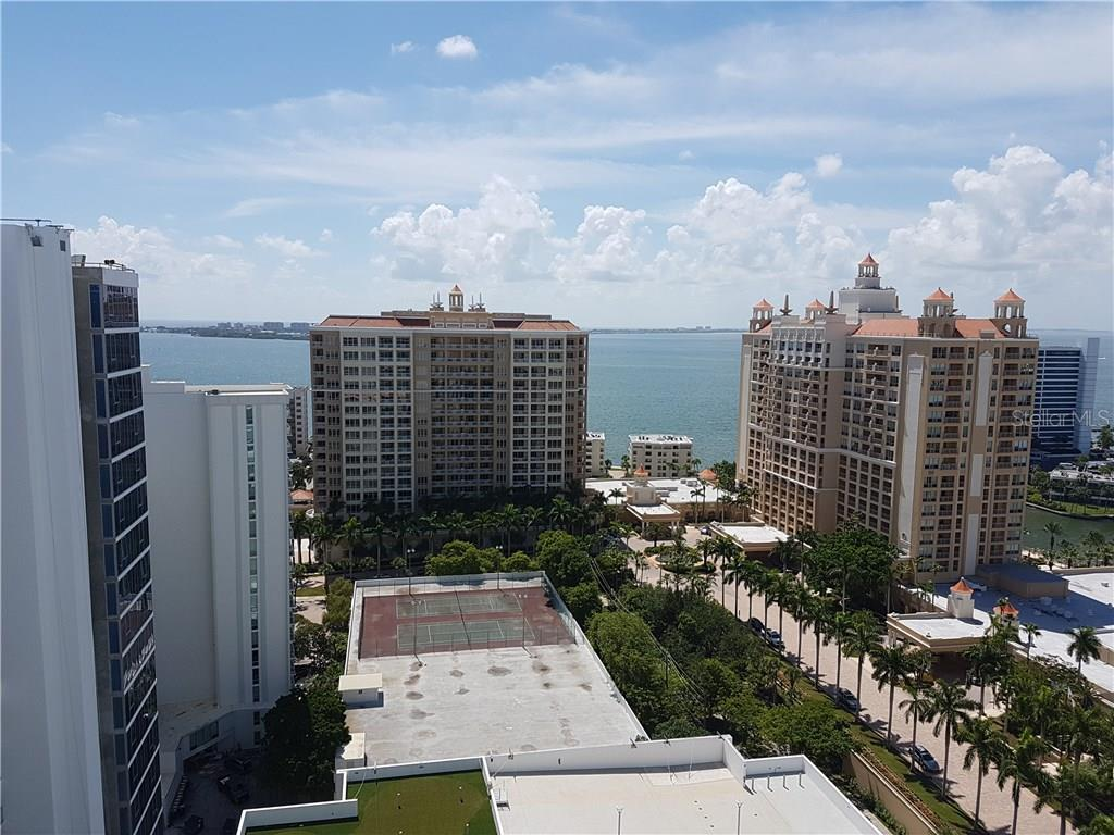 Additional photo for property listing at 35 Watergate Dr #1804 35 Watergate Dr #1804 Sarasota, Florida,34236 Estados Unidos