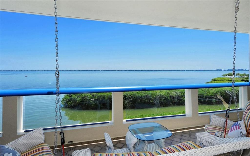 Additional photo for property listing at 2110 Harbourside Dr #525 2110 Harbourside Dr #525 Longboat Key, Florida,34228 Estados Unidos