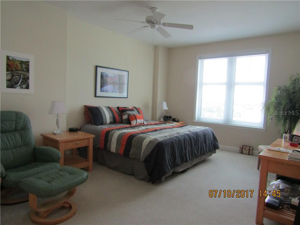 Extra Large Master Bedroom - Condo for sale at 750 N Tamiami Trl #1108, Sarasota, FL 34236 - MLS Number is A4190640