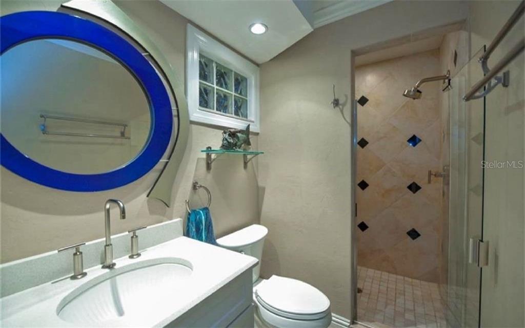 Additional photo for property listing at 3461 Bayou Sound 3461 Bayou Sound Longboat Key, Флорида,34228 Соединенные Штаты