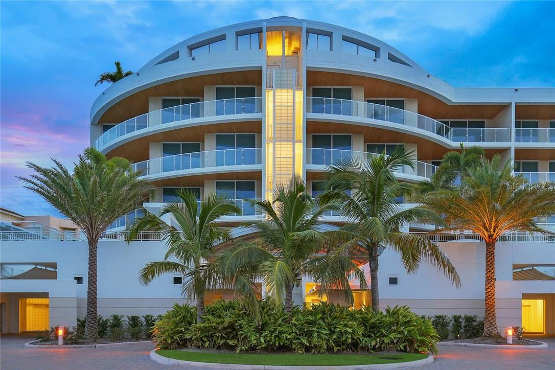 Additional photo for property listing at 2251 Gulf Of Mexico #504 2251 Gulf Of Mexico #504 Longboat Key, Florida,34228 États-Unis