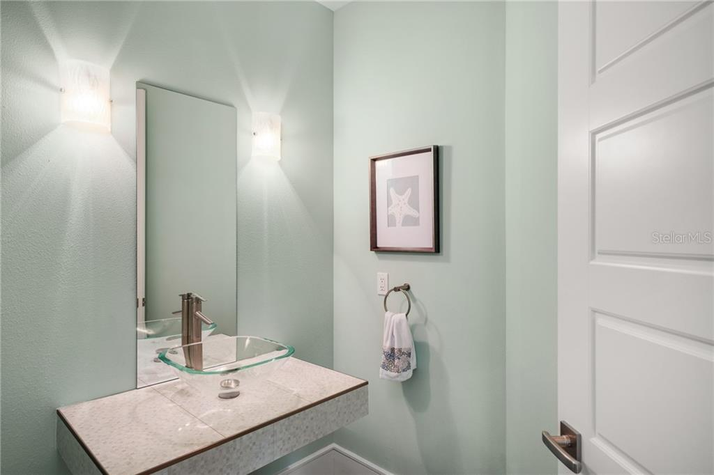 Powder Room - Single Family Home for sale at 1545 Mallard Ln, Sarasota, FL 34239 - MLS Number is A4415376