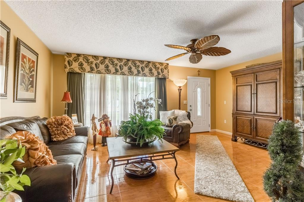 Single Family Home for sale at 1005 Danny Dr, Sarasota, FL 34243 - MLS Number is A4416897