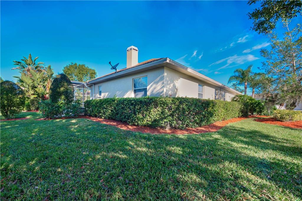 Single Family Home for sale at 9922 Laurel Valley Avenue Cir, Bradenton, FL 34202 - MLS Number is A4417602