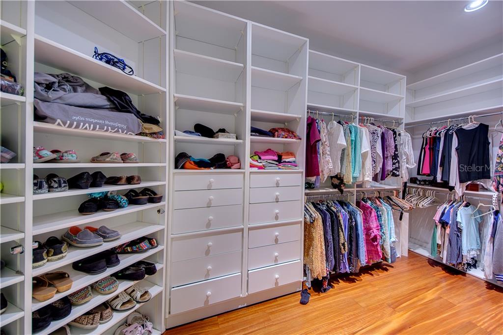 Now this is a Closet! - Single Family Home for sale at 2972 Jeff Myers Cir, Sarasota, FL 34240 - MLS Number is A4424133