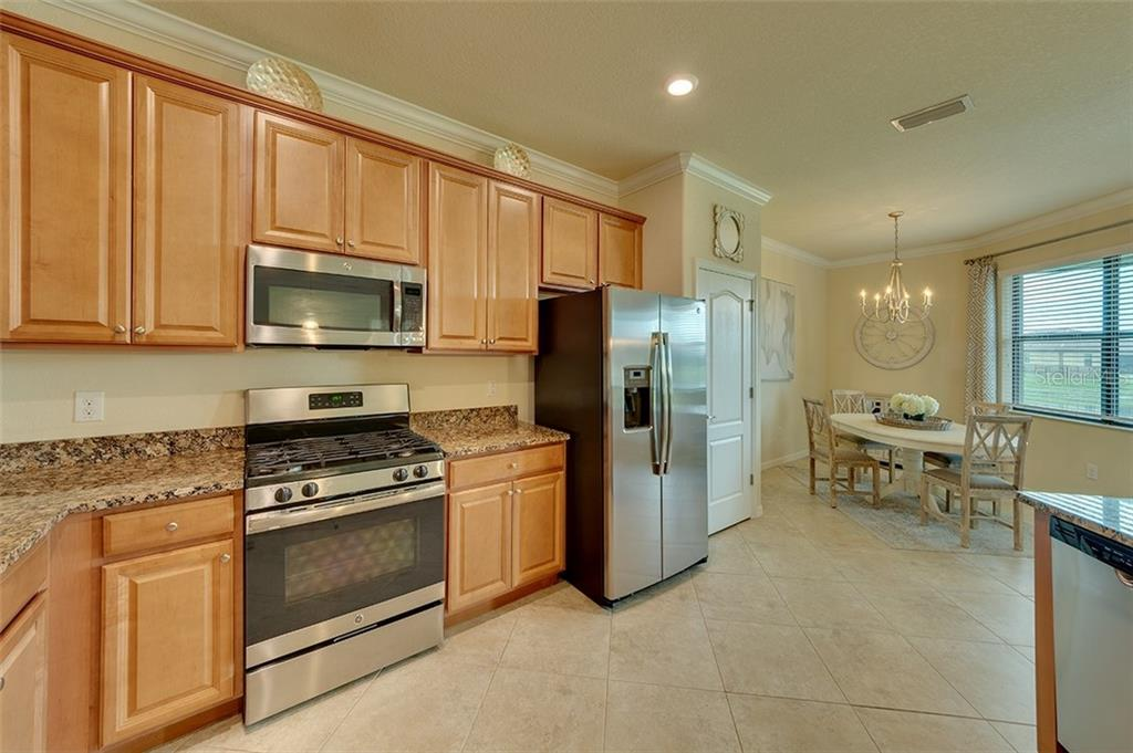 Single Family Home for sale at 13627 American Prairie Pl, Bradenton, FL 34211 - MLS Number is A4429886