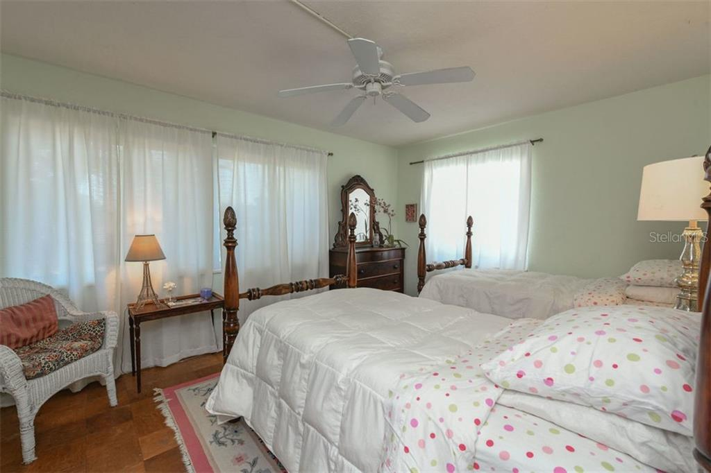 Single Family Home for sale at 7727 Westmoreland Dr, Sarasota, FL 34243 - MLS Number is A4430900