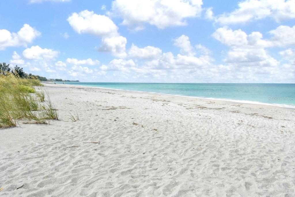 Beach South - Villa for sale at 717 Spanish Dr N, Longboat Key, FL 34228 - MLS Number is A4438337