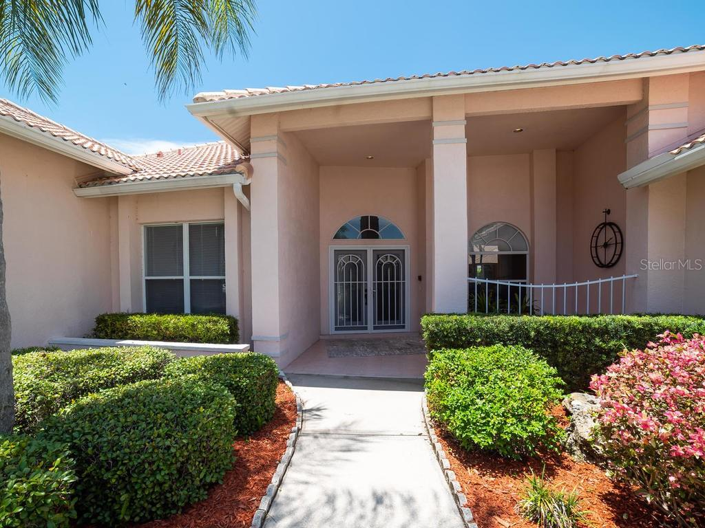 Beautiful Entryway - Single Family Home for sale at 4117 Via Mirada, Sarasota, FL 34238 - MLS Number is A4438764