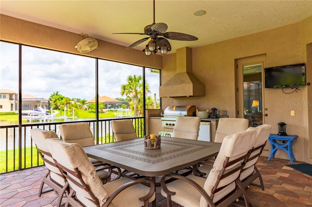 Outdoor Dining - Single Family Home for sale at 11728 Rive Isle Run, Parrish, FL 34219 - MLS Number is A4439074