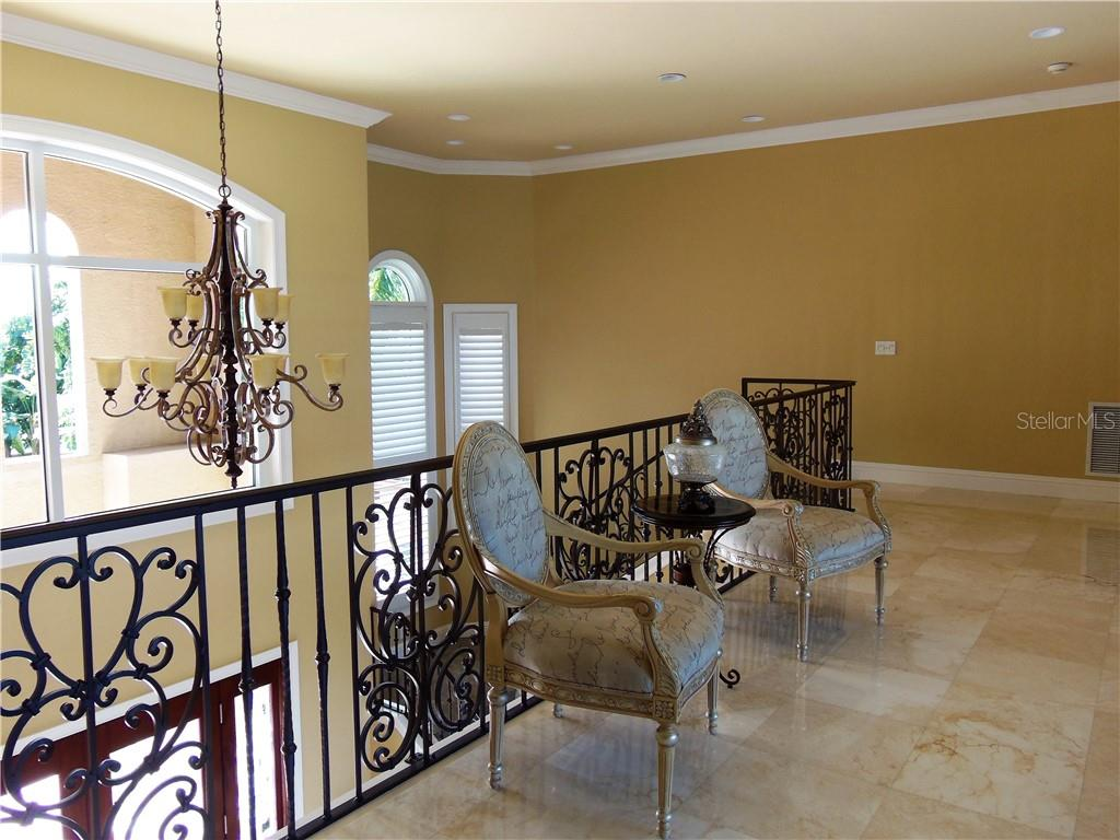 Single Family Home for sale at 1461 John Ringling Pkwy, Sarasota, FL 34236 - MLS Number is A4447338