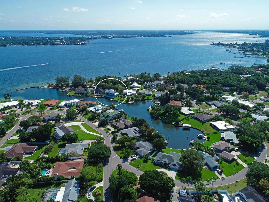 Shaw's Point - JUST BEAUTIFUL! - Single Family Home for sale at 2008 72nd St Nw, Bradenton, FL 34209 - MLS Number is A4450238