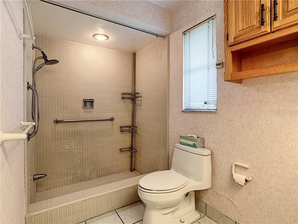 Walk-in shower in master bathroom. - Single Family Home for sale at 7006 18th Ave W, Bradenton, FL 34209 - MLS Number is A4450658