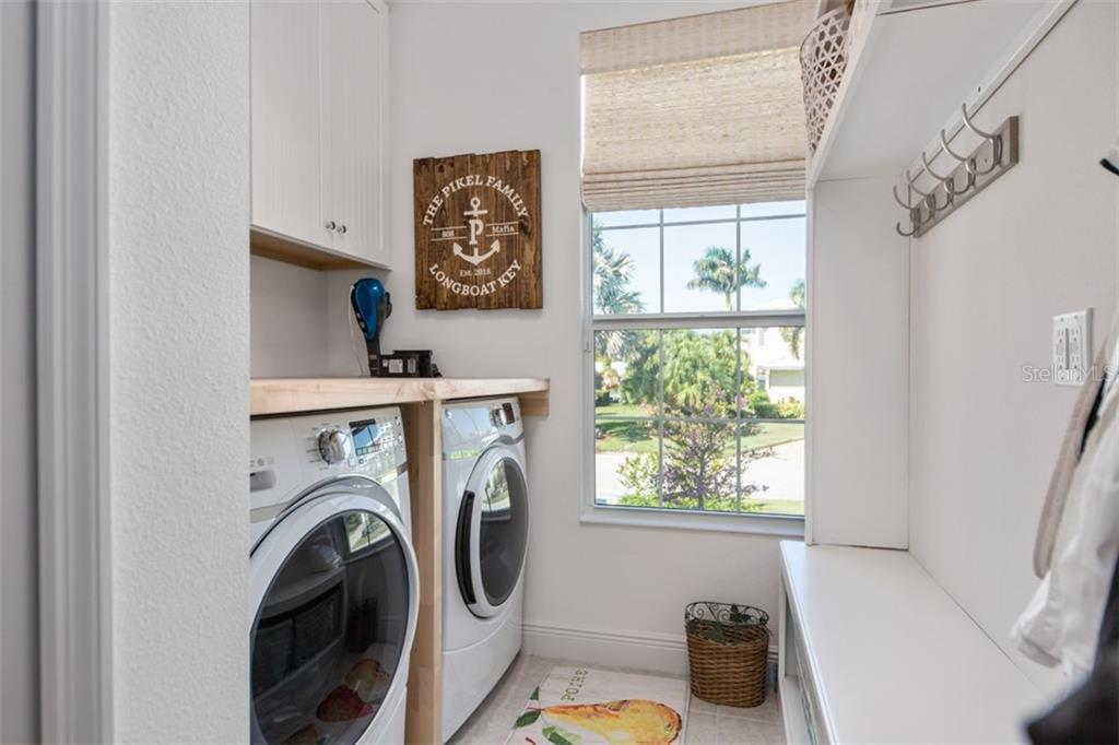 Laundry Room - Single Family Home for sale at 560 Wedge Ln, Longboat Key, FL 34228 - MLS Number is A4452288