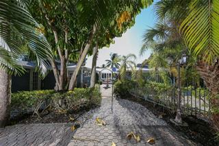 4829 Featherbed Ln, Sarasota, FL 34242
