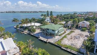405 20th Pl N, Bradenton Beach, FL 34217