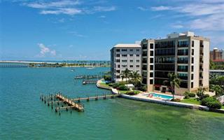 378 Golden Gate Pt #5, Sarasota, FL 34236